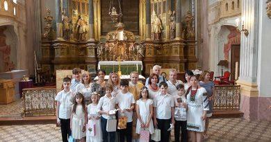 В Будапешті українська малеча приступила до Першої сповіді та урочистої Євхаристії