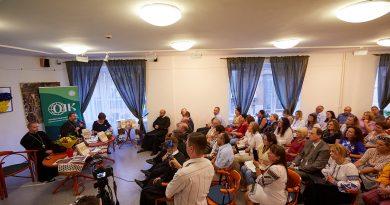 """Презентація книги """"Апокриф """" в Будапешті"""